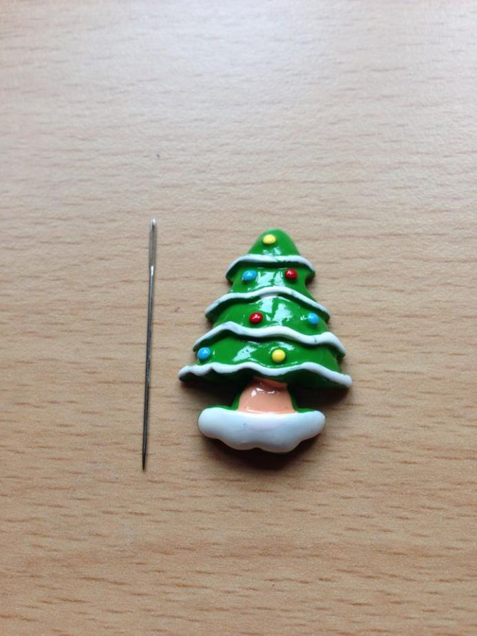 Christmas Tree Needle Minder